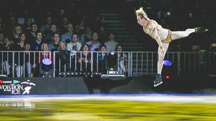 Plushenko, durante su actuación de 2018 en Revolution on Ice