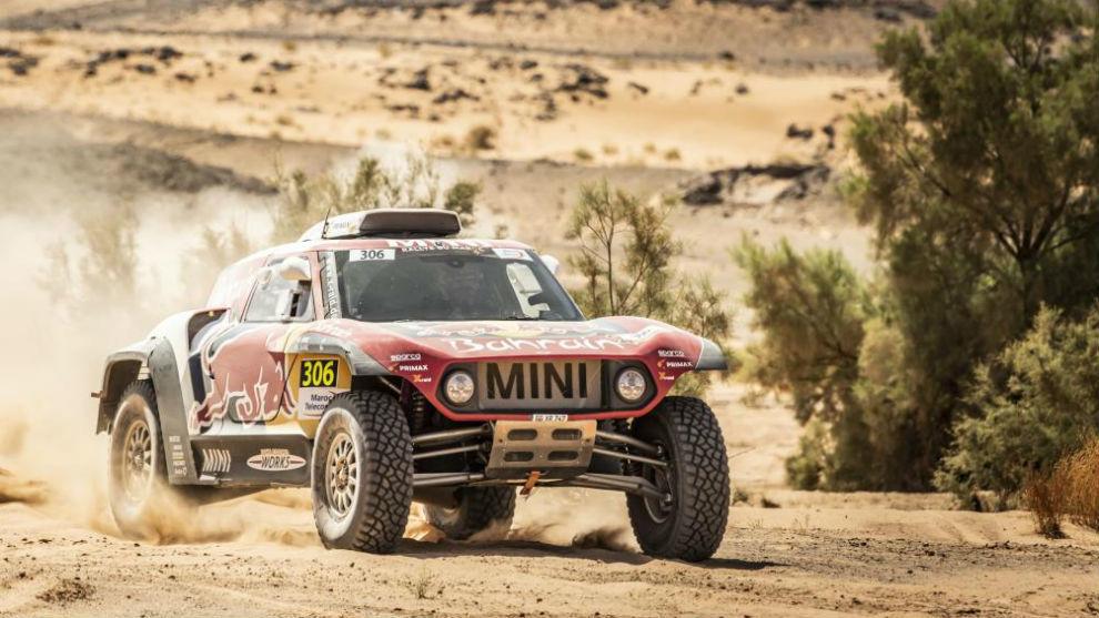 Carlos Sainz, durante la etapa de hoy en el Rally de Marruecos