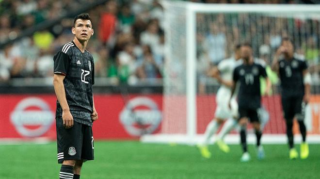 Hirving Lozano con selección mexicana.