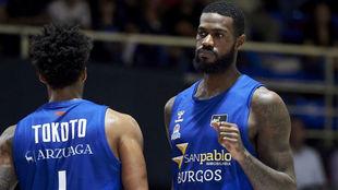Earl Clark y Tokoto son dos de los referentes del San Pablo Burgos...