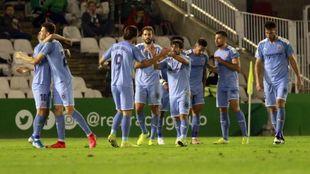 Jugadores del Girona celebrando un gol ante el Racing