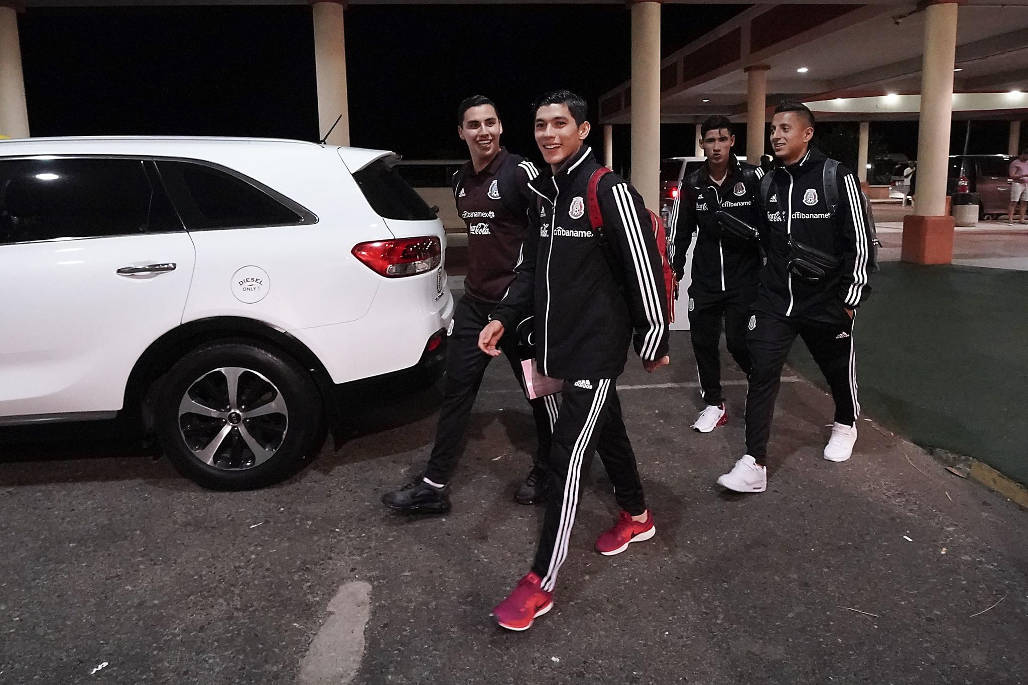 México cumple al golear a Bermudas