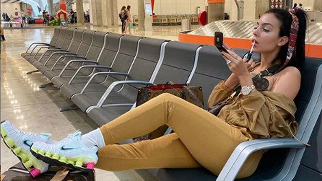 Georgina Rodríguez y su atuendo casual de más de 15.000 euros.