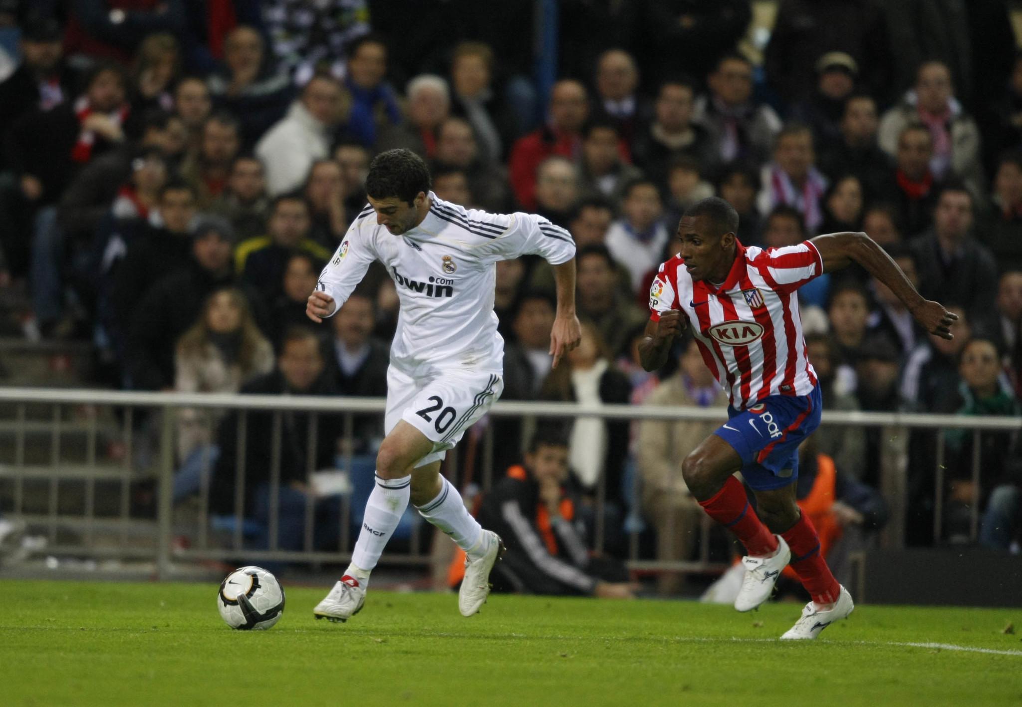 PARTIDO DE LIGA ENTRE EL ATLETICO Y EL REAL MADRID EN EL VICENTE <HIT>CALDERON</HIT> gol 0-3