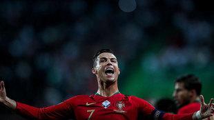 Cristiano Ronaldo celebra su gol ante Luxemburgo.