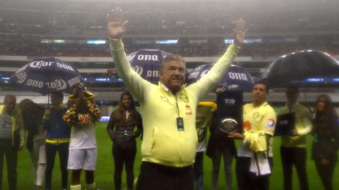 Héctor Miguel Zelada: 'Memo' es el mejor arquero del mundo'