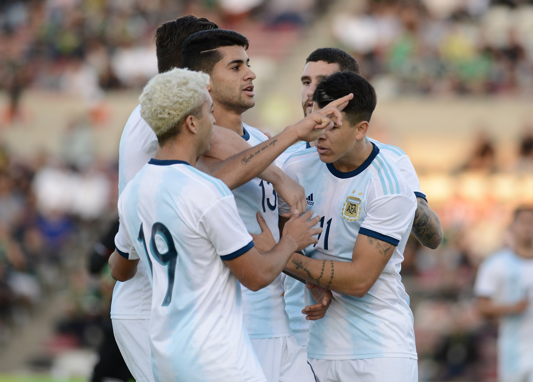 Al medio tiempo, México empata con Argentina