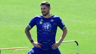 Javi García, en un entrenamiento del Betis.