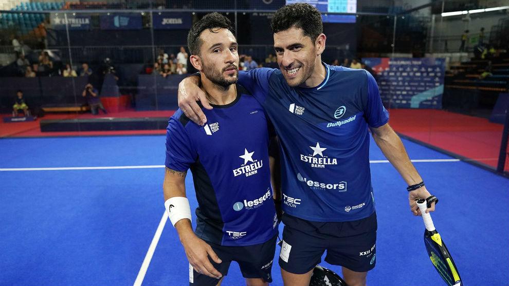 Sanyo Gutiérrez y Maxi Sánchez celebran una victoria en Menorca.