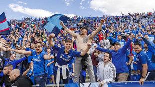 Afición del Getafe en el partido frente al Villareal