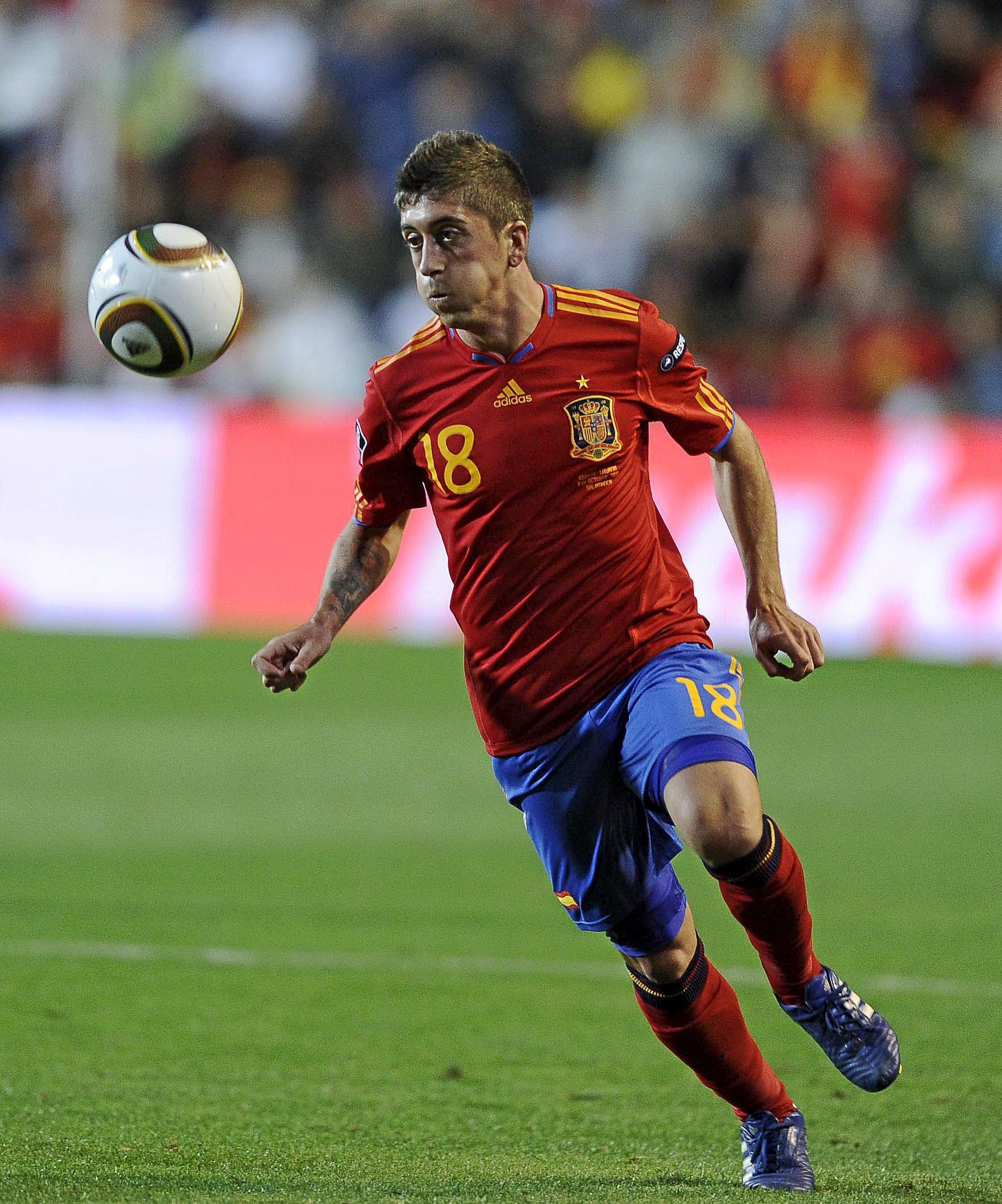 Pablo Hernández jugando con la selección de España