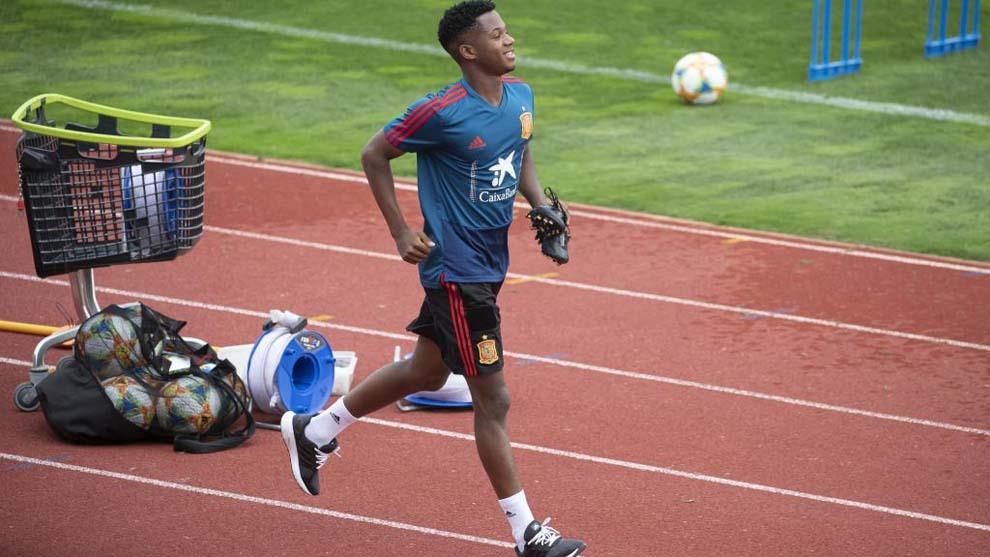 Ansu Fati en un entrenamiento de la selección española sub 21.