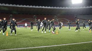 Imagen de Corea del Sur entrenando antes del partido, pues no se...