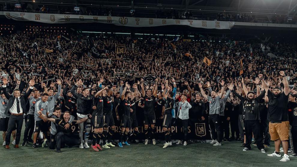 LAFC festeja su título de la temporada regular