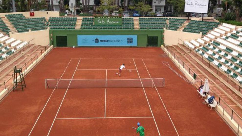 La pista central del Club de Tenis Puente Romano de Marbella