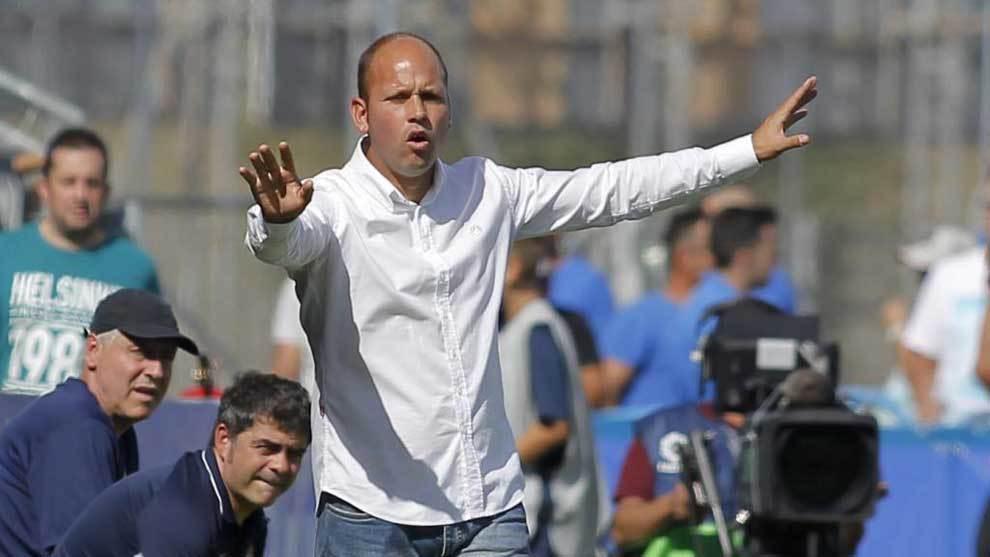 José Alberto López, en partido de LaLiga SmartBank entre Fuenlabrada...