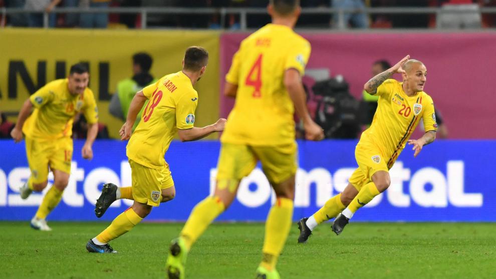 Rumanía celebra el gol a Noruega