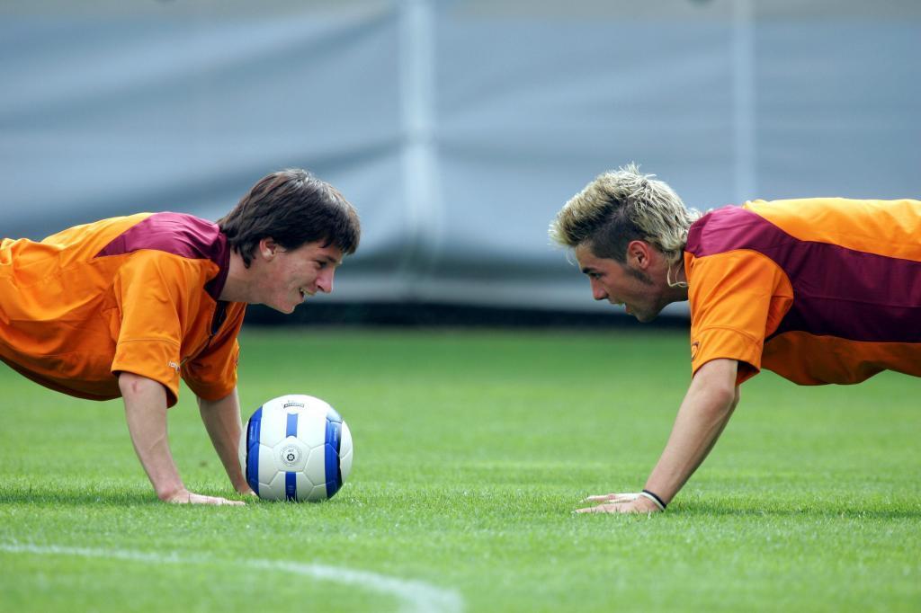 Cristian y Messi, en un entrenamiento del Barça