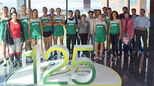 El equipo de atletas de Gullón