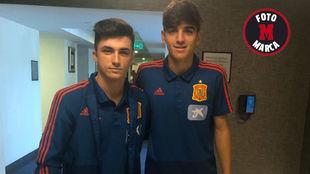 Manu García y Gonzalo Villar posan para MARCA en el hotel de...