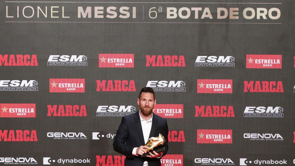 Leo Messi receives his sixth Golden Boot