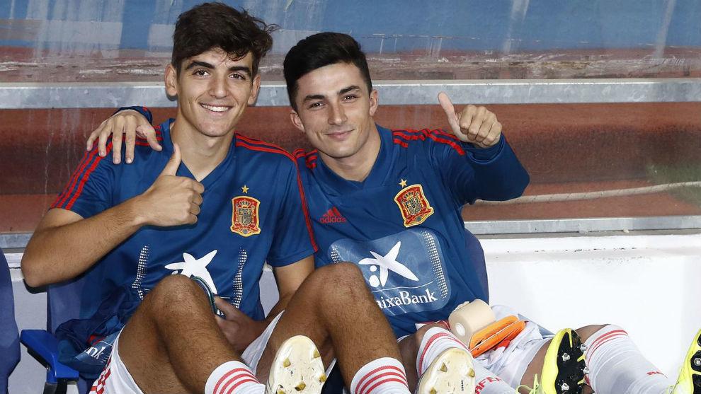 Gonzalo Villar y Manu García, durante un entrenamiento de la sub 21.