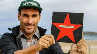 Artiz Aranburu, con su estrella.