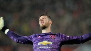 De gea se lamenta en un encuentro con el United