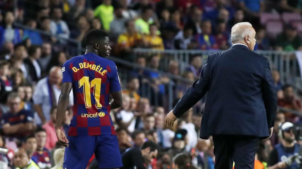 Dembele, tras ser expulsado en el Camp Nou.