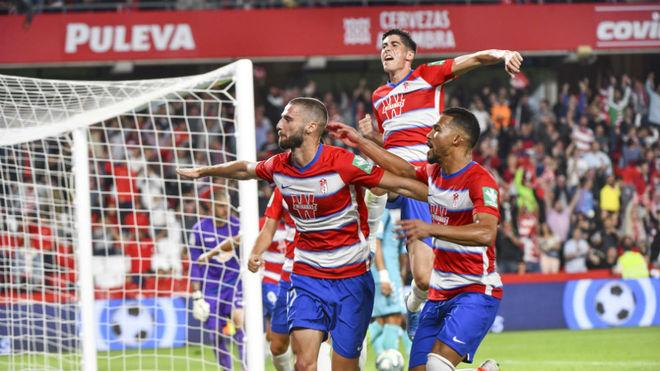 Duarte celebra el gol de la victoria del Granada.
