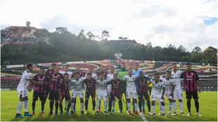 Equipos unidos en el Chivo Córdova