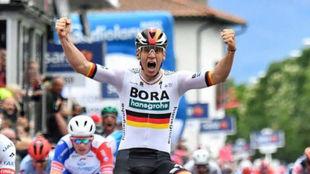 Pascal Ackermann, en un etapa del Giro de Italia.