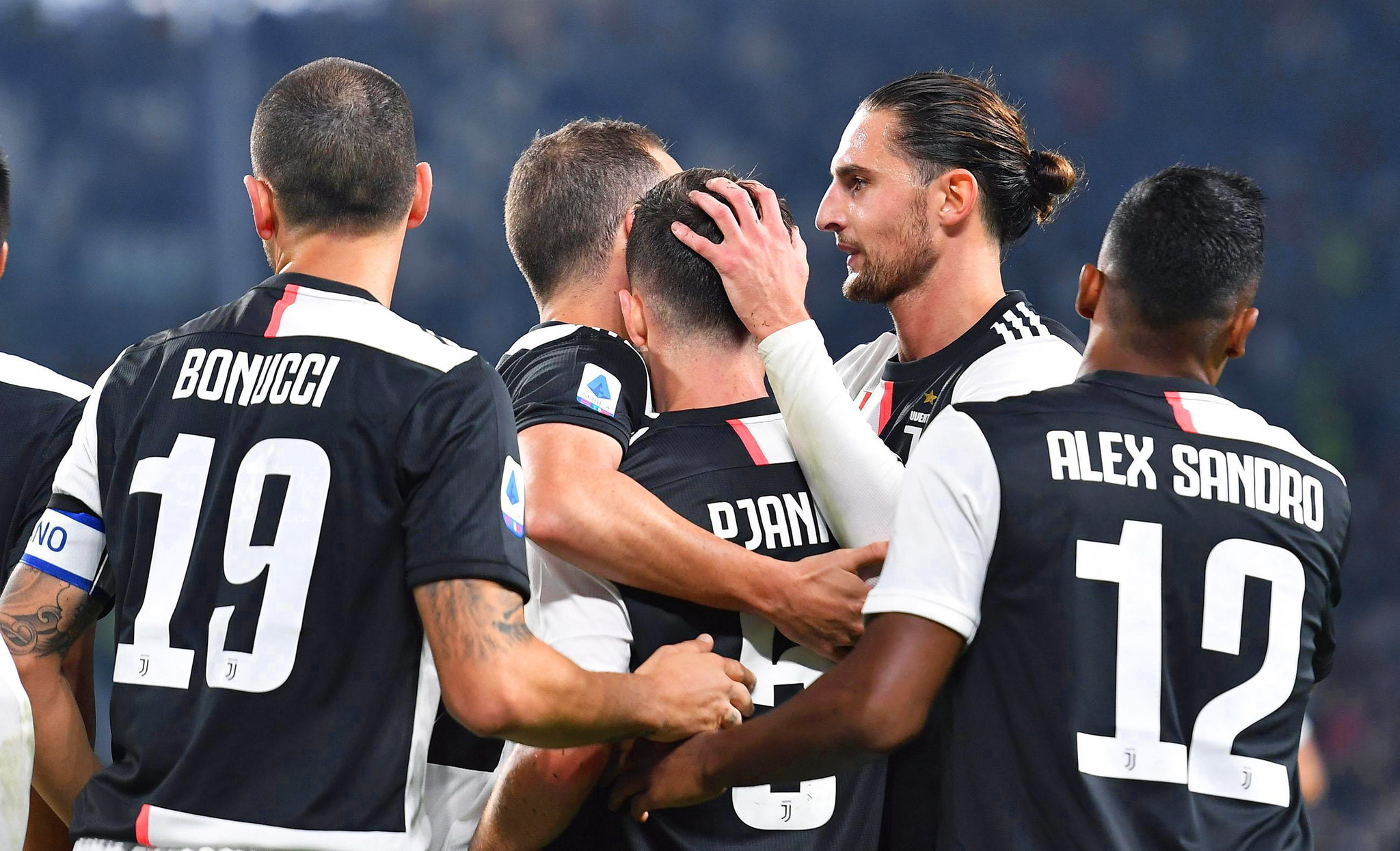 Turin (Italy), 19/10/2019.- <HIT>Juventus</HIT> Miralem Pjanic (C) celebrates with teammates after scoring the 2-1 lead during the Italian Serie A soccer match between <HIT>Juventus</HIT> FC and Bologna FC in Turin, Italy, 19 October 2019. (Italia) EFE/EPA/ALESSANDRO DI MARCO