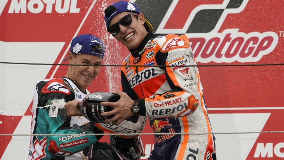 Márquez, celebrando su gran victoria en Japón.