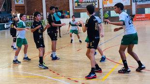 Un momento del partido de la liga intantil catalana del Bordils /