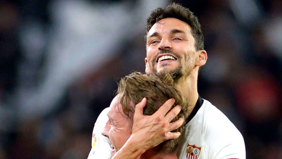 Sevilla's Dutch forward Luuk De Jong celebrates his goal with...