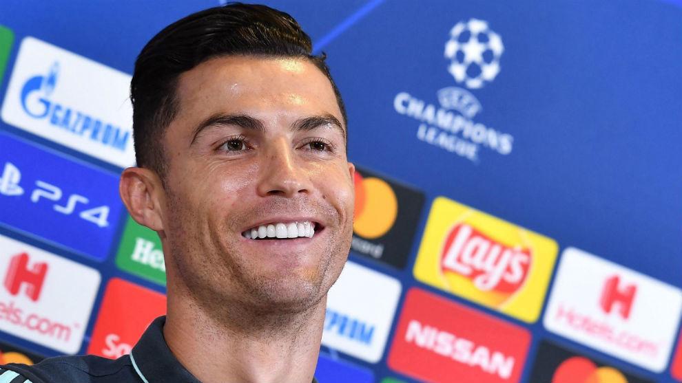 Guiño de Cristiano Ronaldo a Juan Guillermo Cuadrado en la Juventus