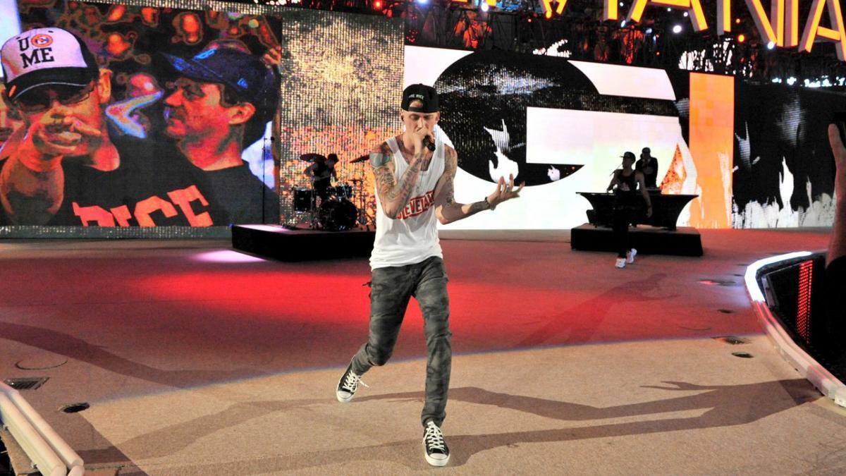 MGK en WrestleMania 28