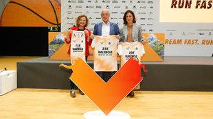 Paco Borao y Elena Tejedor, durante la presentación del Medio...