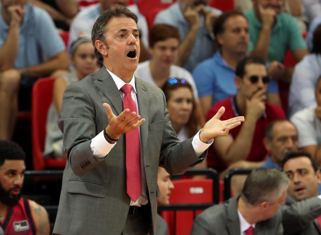 Porfirio Fisac, entrenador del Casademont Zaragoza, en una imagen de...
