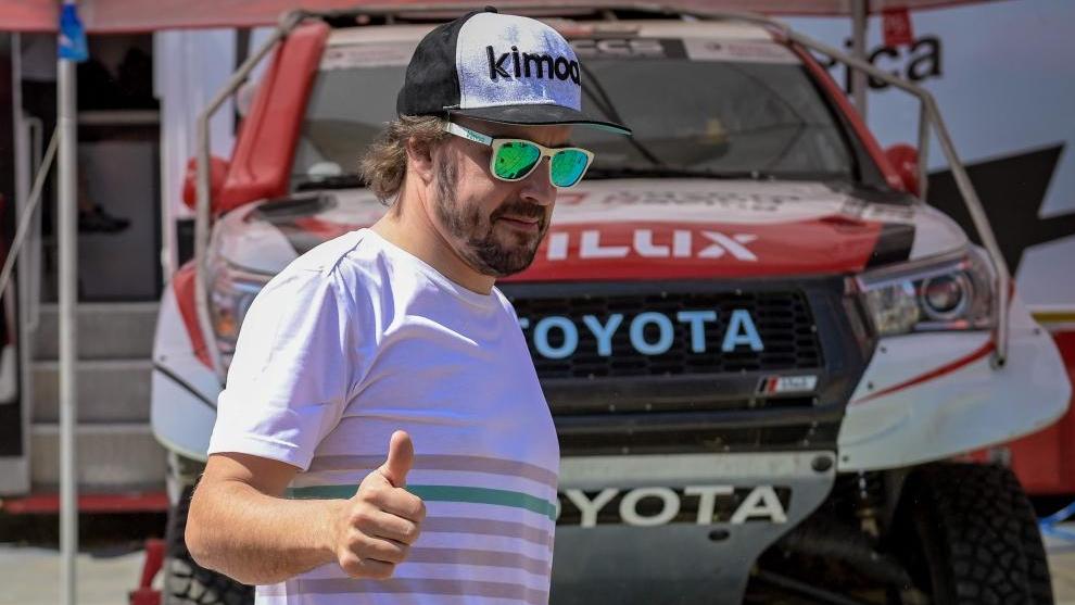 Resultado de imagen de Presentación Fernando Alonso Toyota Dakar