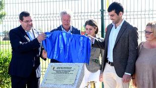 Rafael Barcala, alcalde de Brea, y Miguel Ballesteros, hijo de...