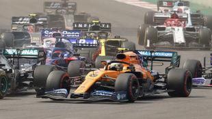 Sainz, emparejado con Bottas en la salida del GP de México.
