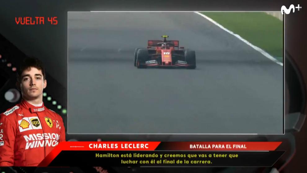 Momento en el que le dicen a Leclerc que va a luchar con Hamilton.