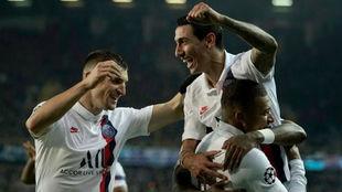Di María, Icardi y Mbappé celebran un gol ante el Marsella.