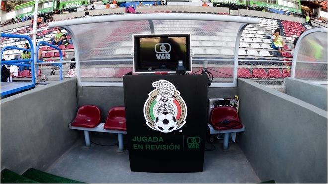Pantalla de revisión en la Liga MX
