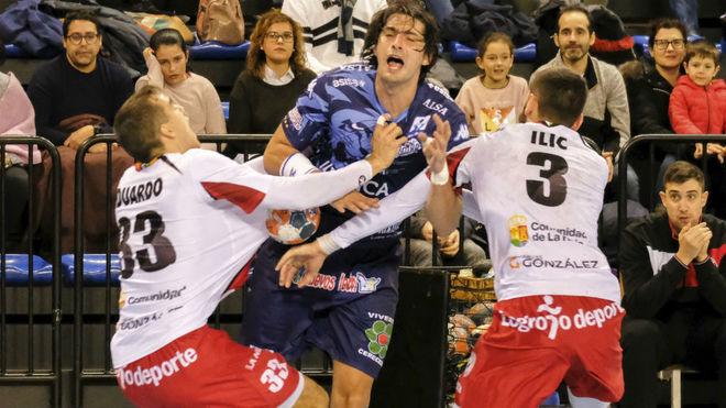 Vieyra, en un partido de la Liga Asobal contra el Logroño /