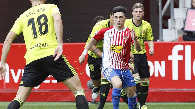 Manu García, durante la gran jugada que realizó contra el Zaragoza
