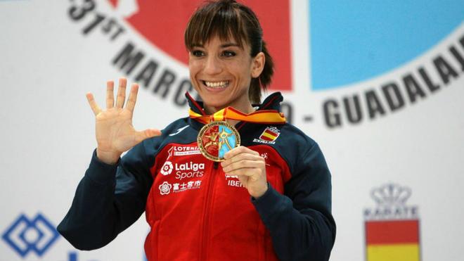 Sandra Sánchez con el oro europeo de este año.