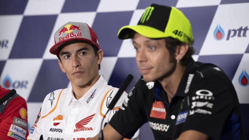 Marc Márquez y Valentino Rossi, en rueda de prensa.